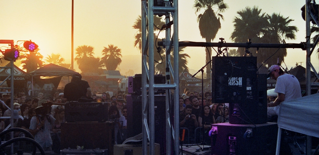 Sunset at Desert Daze behind the stage